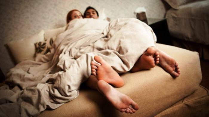 Berduaan Dalam Kamar Hotel, Suami Gerebek Isteri Durhaka