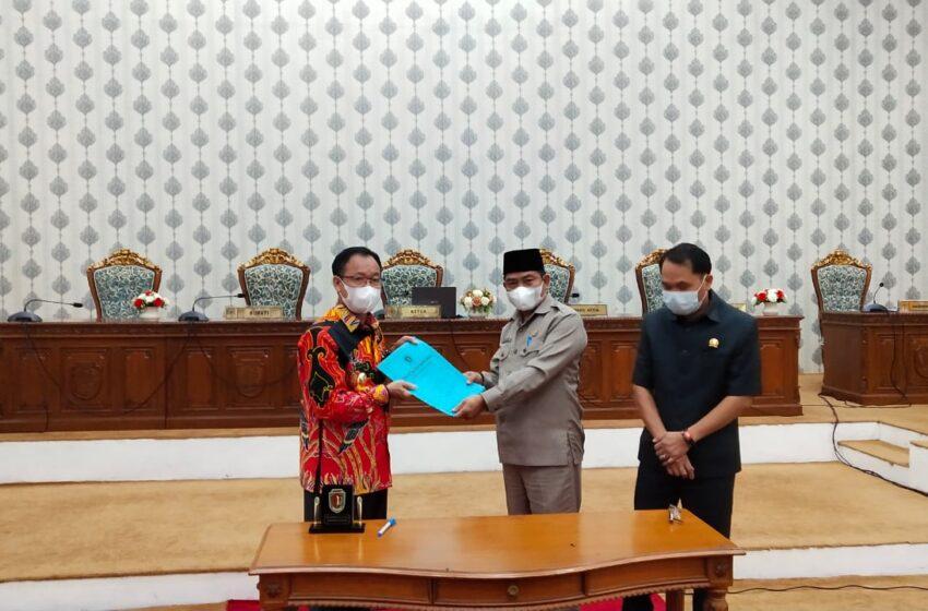 Pemkab Katingan Bersama DPRD Tandatangani Persetujuan Rancangan Perda Tahun Anggaran 2020