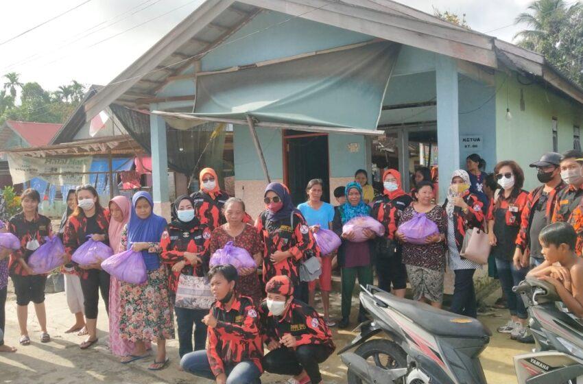 Relawan PP BarselPeduli Korban Banjir Katingan