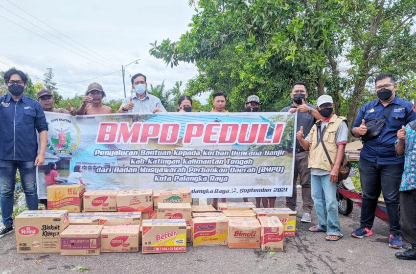 Peduli Bencana Banjir, BPMD Kalteng Salurkan Bantuan untuk Warga Di Dua Daerah